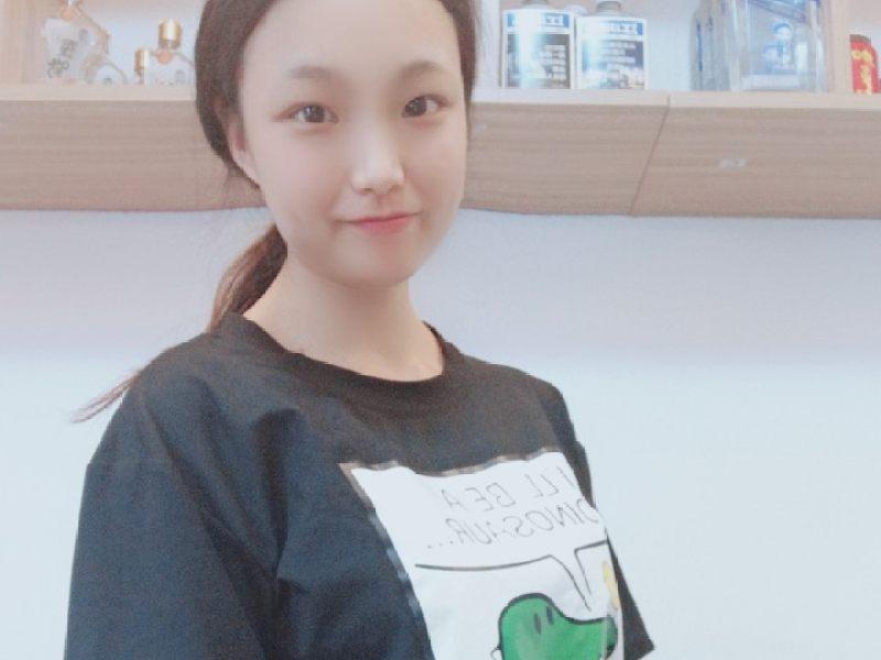 山村大奶熟和妇�ykd9���.ly�-yol_jiang jun 01ud191kd9的直播:上班太难了