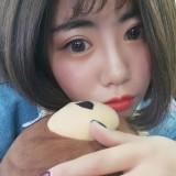 你的女孩yiyi(依依)的头像
