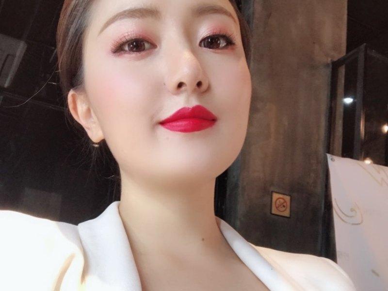 陈筱倩「飚戏,尬歌,炫舞」正在直播