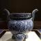 晚上好~今天来晚啦~来聊聊我这趟的见闻~#古董艺术品#封面是南京博物院的镇院之宝~永乐青花寿山福海纹香炉