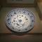 早上好~回顾《中国陶瓷史》~封面为南京博物院藏永乐青花一束莲纹大盘~#古董艺术品#