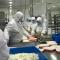 他们日均做两万份高铁盒饭 梅干菜竟要筛八遍
