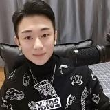 🌟平_凡(宝藏男孩)🤪的头像