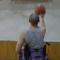 坐着轮椅打篮球!一次车祸造成脊椎损伤 但他不认命