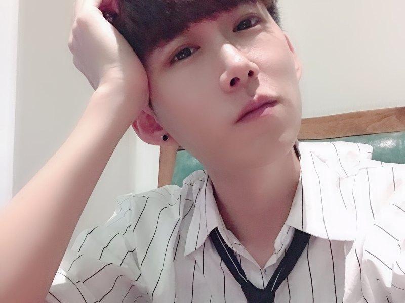 杨小宇s正在直播