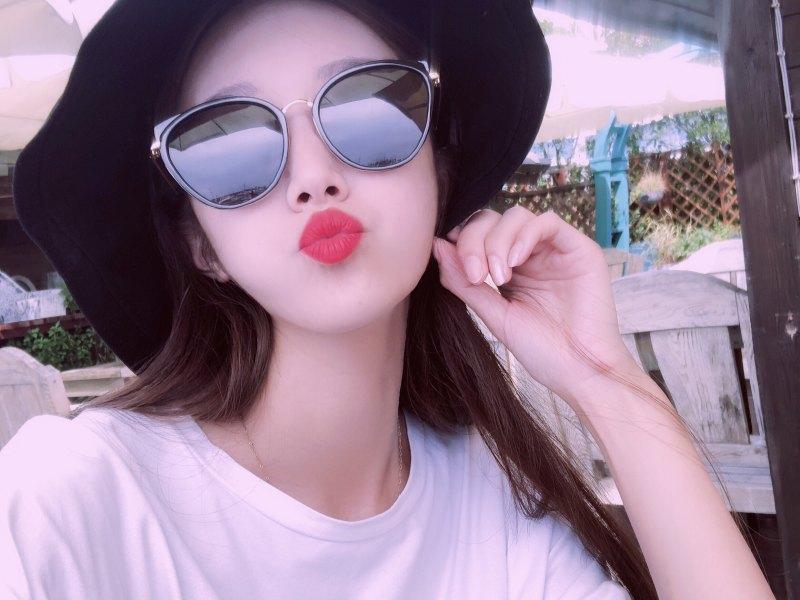 王美丽阿正在直播