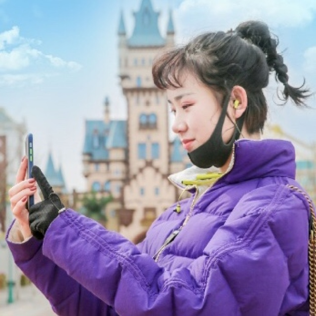 今天,小方带你去挑战过山车,还有好多惊喜大礼等着你,你准备好了吗? #大同方特过山车挑战赛#http://t.cn/A6Z1g0aq(下载App->http://t.cn/EhGWXEC) http://t.cn/R2Wxaeh 