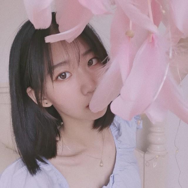 小杜小杜💤请求添加你为好友http://t.cn/A6U0k3T5 . 