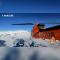 【正直播:今晚,极地上天入海,险象环生!】#侣行破冰船#南极冰潜,海况突变,人员被困。抵达南极?一切还是未知……