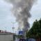 安康兴华建材市场发生火灾,室内不断传来爆炸声